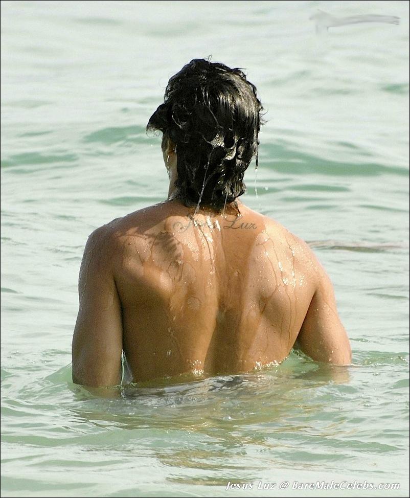 Luke Nude