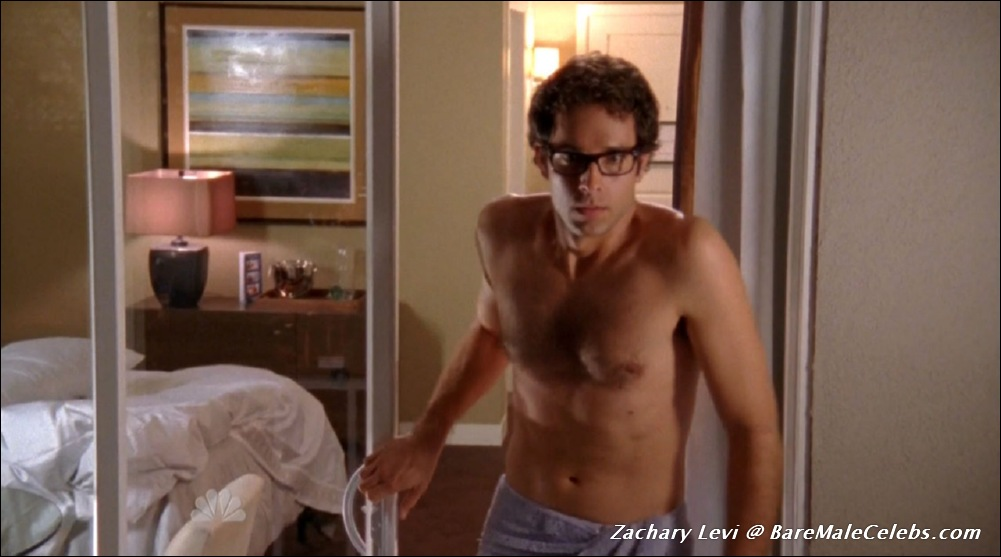 Zachary Levi Nude Resolution 1001 x 557 Download picture ...