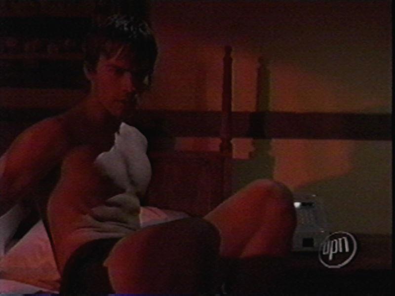 having pleasure in pantyhose