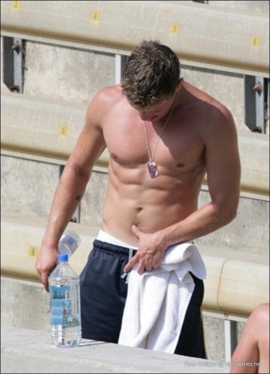 Ryan Phillippe pictures. Nude Male Celebs Free Pictures - VipGalleries ...