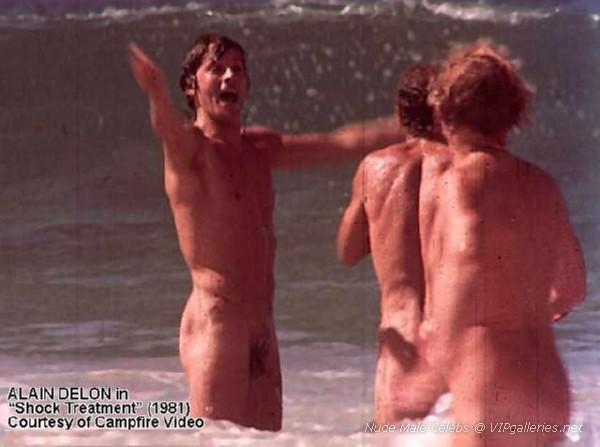 naked family doing splits