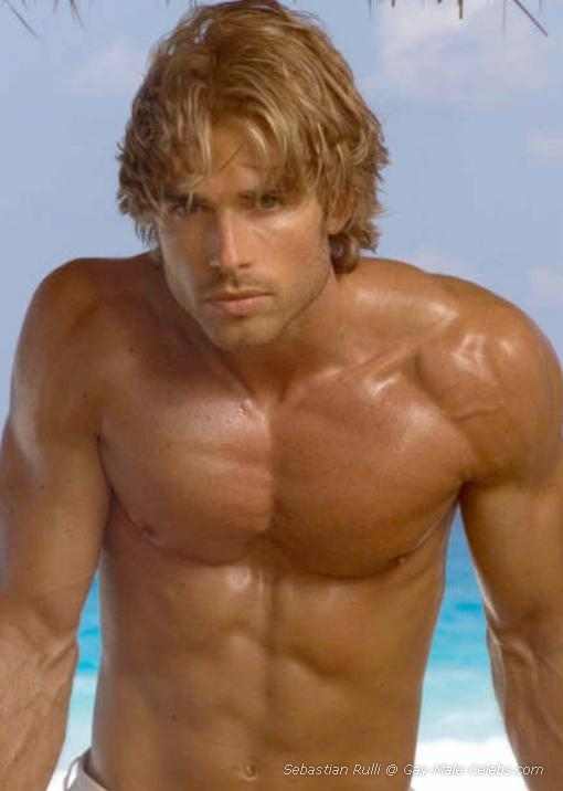 celebrity free male naked picture